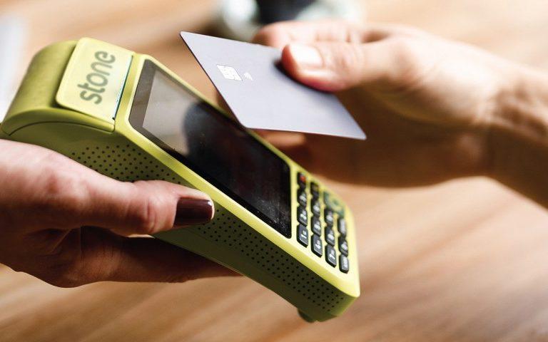 Stone propõe ao governo concessão de R$ 100 bilhões em crédito para pequenos comerciantes